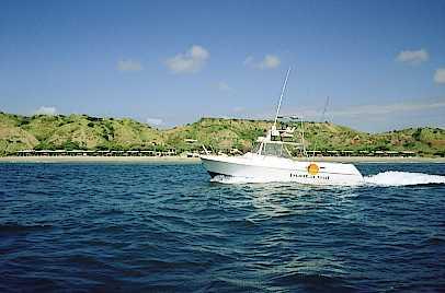 Yate en Punta Sal