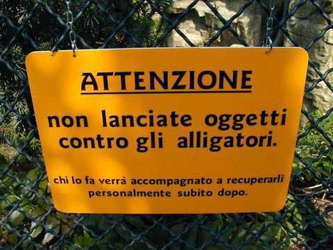 aviso parque tematico