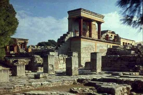 external image greciapalaciodecnosos-123901815584.jpg