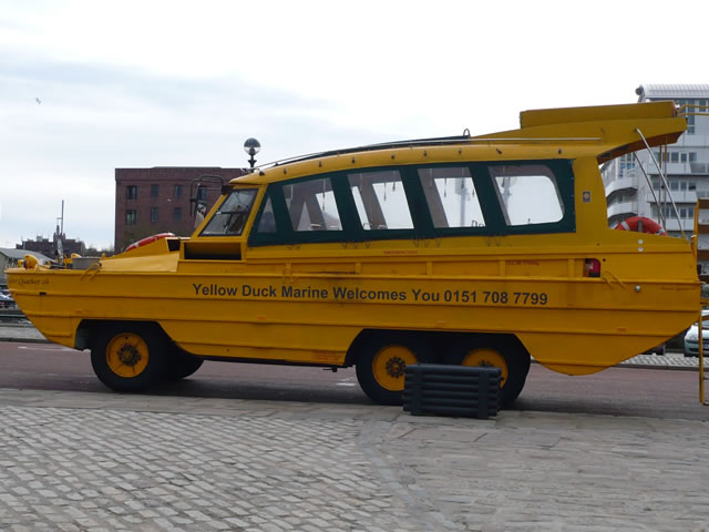 Turismo Liverpool Yellow Duckmarine